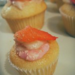 Vanilla strawberry mascarpone cupcakes (56)