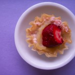 Strawberries & cream filo cups