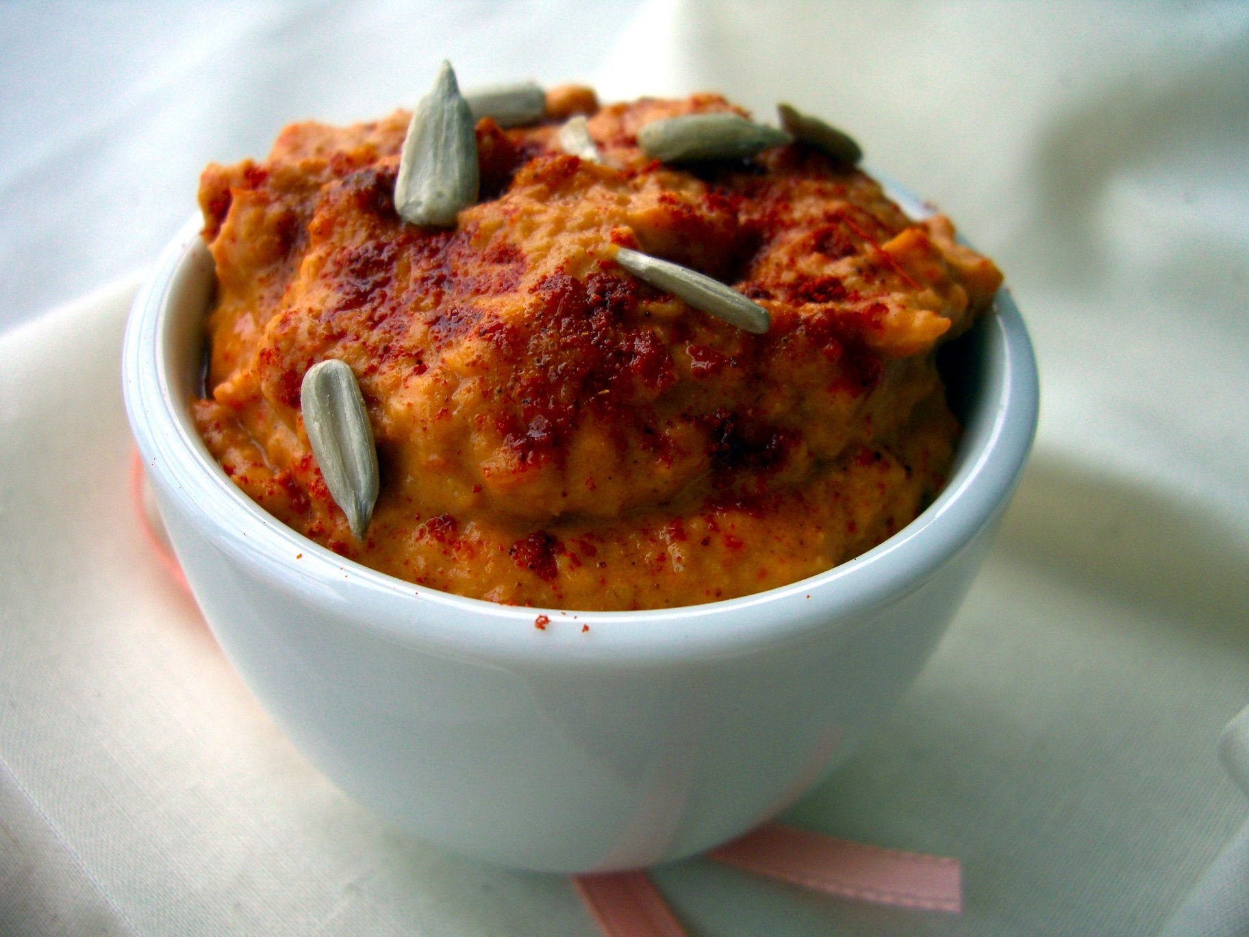 Roasted Red Pepper & Spice Hummus