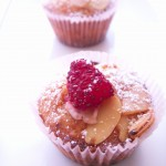 Strawberry almond cupcakes (54)