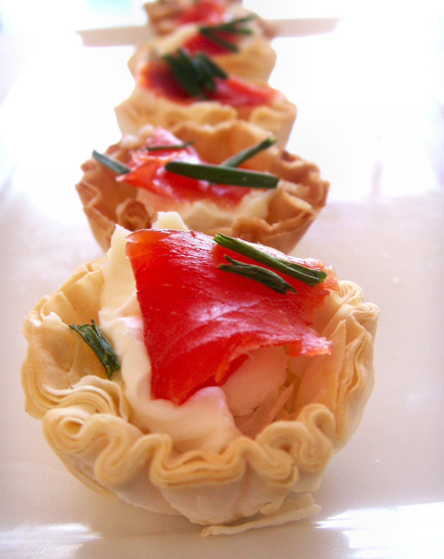 Smoked Salmon Filo Cup Appetizers